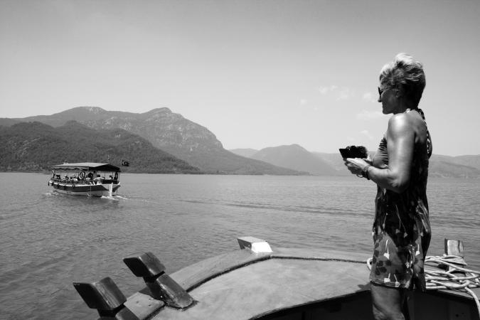© Grégoire De Poorter - Boat - River - Tourist